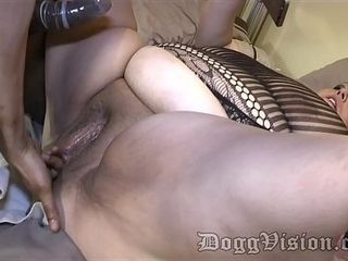 Butt-banged Swinger wifey Facialized by ebony beau