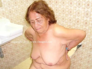OmaGeiL Hot unpaid Granny Pictures Slideshow