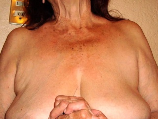 LatinaGrannY Mature Showoff girls of excellent Age