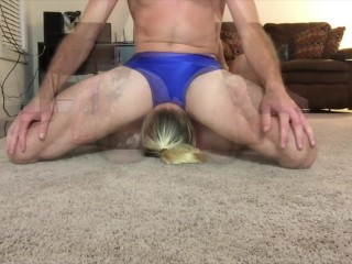Mingled grappling pussy-smothering