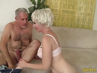 Super-sexy granny Dalny Marga Blows n plows