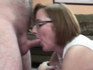 Redhead MILF Layla Redd gets will not hear of of age pussy pounded