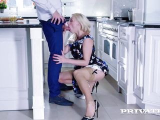Brittany Bardot, Milf Fucked far burnish apply caboose
