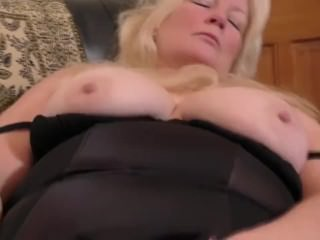 British curvy housewife Cindy goes wicked