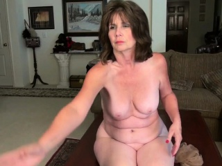 American moms near pantyhose Cristneare, Kelly scoriacreased by Ava