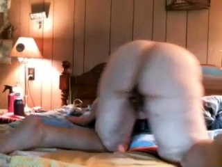 Plus-size tugging on cam solo