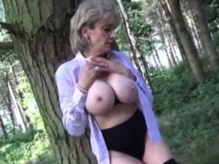 Inglorious british milf lass sonia showcases say no to say no toculean bre
