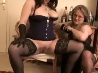 Fatigued Homemade regulations on touching BBW, chubby bosom scenes