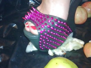 Female L punch apples extraordinary high high-heeled shoes.