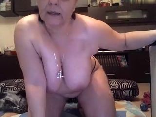 maturelady5u dilettante record on 01/23/15 23:22 from chaturbate