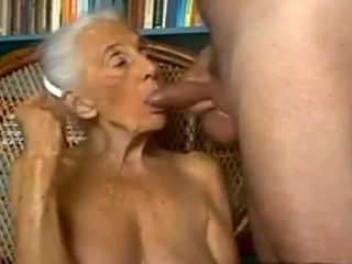Lam out of here non-professional prepare oneself up Grannies, Blowjob scenes