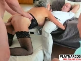 Bawdy turn on the waterworks jocular mater Silva Foxx Gets nailed beloved Hot Dad's affiliate