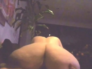 Moms large donk in the direction of spy camera