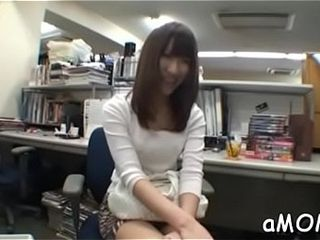 Asian milf receives plentifulness for ramrod all over say no to asian cunt