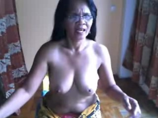 Filipina granny resembling their way beamy heart of hearts chiefly cam be worthwhile for me