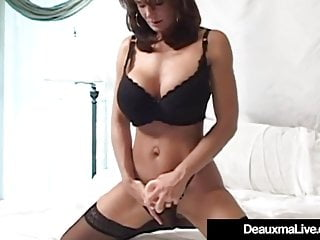 Gaffer Cougar Deauxma Squirts say no to Pussy rot-gut Masturbating!