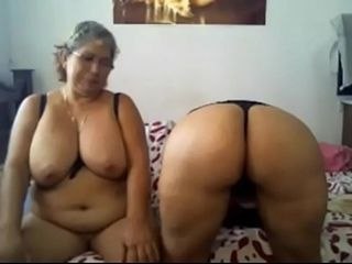 Latina milf full-grown