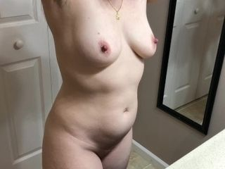 Stepmother creeps dt and gets facial cumshot