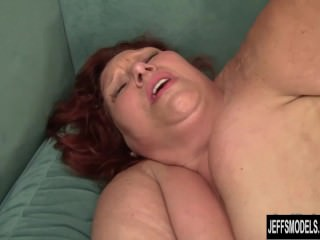 Busty chunky dame fucked