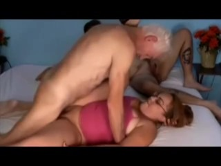 Adult Bi Threesome4