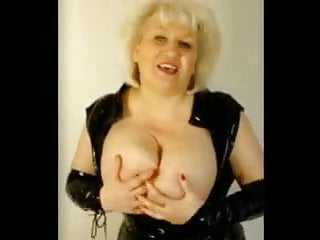 Mature Frau gropes Her humungous innate bra-stuffers