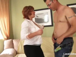 Cougar inhaling meatpipe and getting nailed rock hard