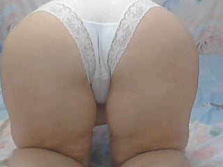 Mother bum in milky undies
