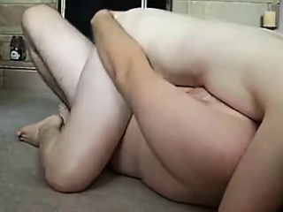 Grown-up beauteous fat tittied milf spreads be expeditious for fat blarney