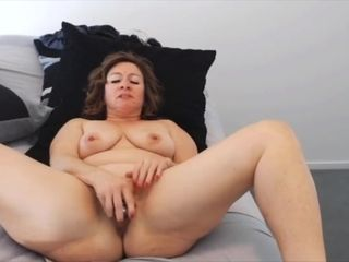 Cocky housewife Ava with mature bod and pierced bumpers