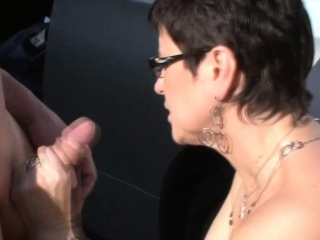Matured German pussy disciplined increased by fingered