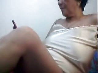 Filipino granny 66 pleasuring me unaffected by cam