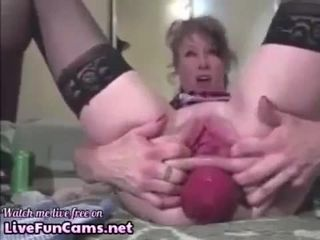Grown-up prolapse say no to asshole at bottom cam
